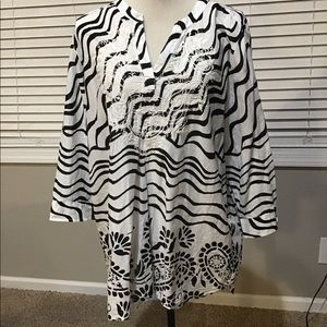 Women's Chico's size 3 blouse